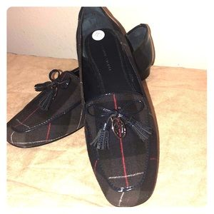 Beautiful ETIENNE AIGNER loafers.